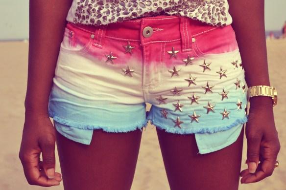 daniela-tabois-diy-tie-dye-studded-shorts-3