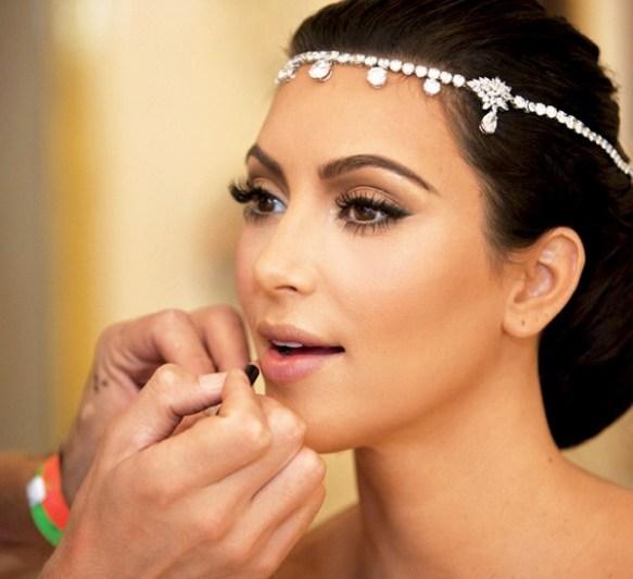 Bridal-Makeup-For-Fair-Skin-001