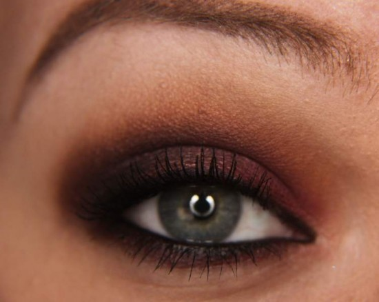 maquiagem-sombra-2-burgundy-blog-eccentric-beauty